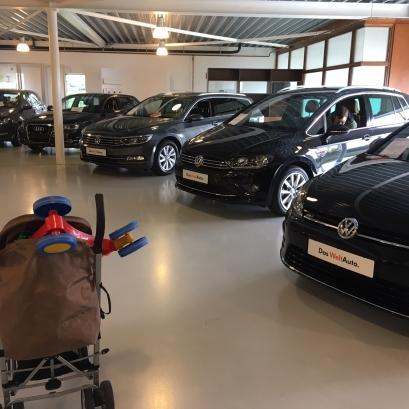 Shoppen naar een nieuwe auto. Waar begin je?